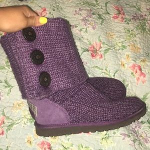 Purple knit w/ buttons, UGG boots